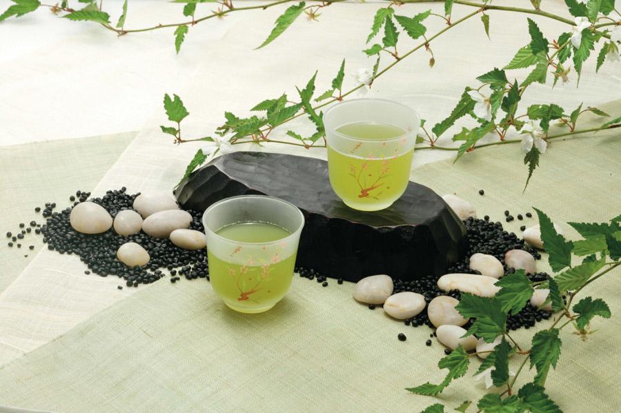 水分補給とお茶の効能について