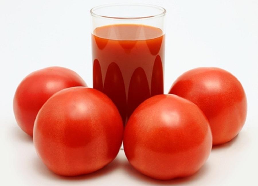 トマトジュースの効果を5つ紹介 | 食べ物の栄養・効能で健康な ...