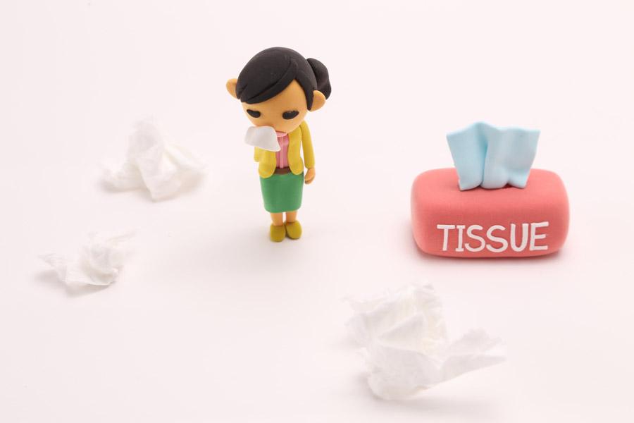 ブタクサアレルギーに注意。症状と対策について