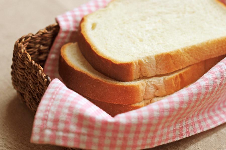 梅雨に傷みやすい食べ物は?腐るのを防ぐ保存方法や対策は?